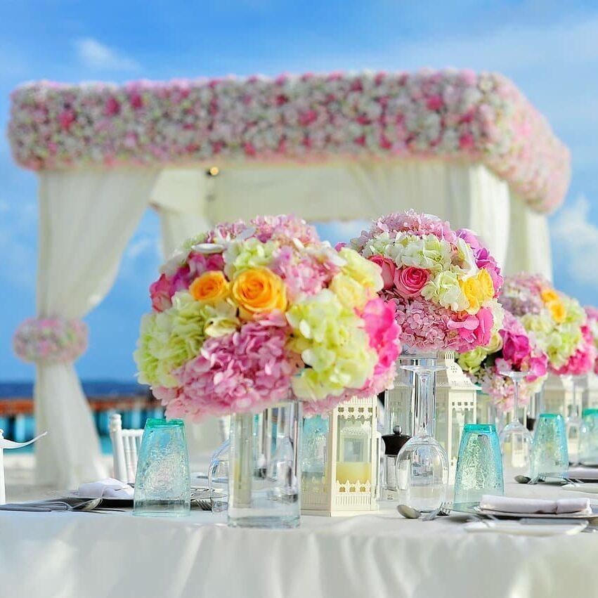 centros de mesa y decoración floral para boda