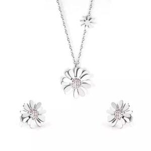Collar y aretes de flor con cristales en acero
